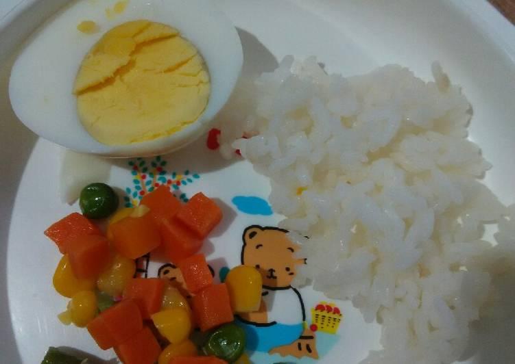 Day. 141 Nasi, Telur Rebus dan Tumis Sayuran (10 month+)