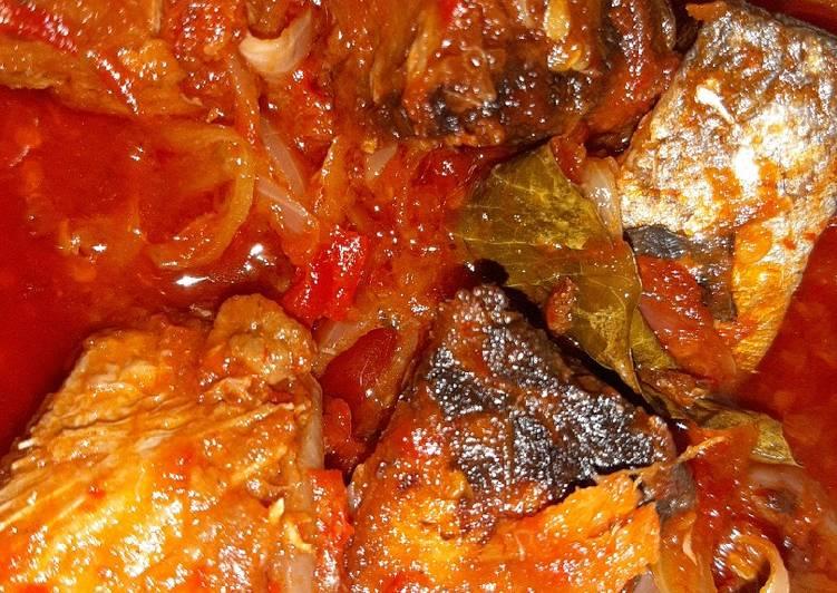 Resep Ikan Tongkol basah bumbu sarden tomat oleh Diah Nurhayati