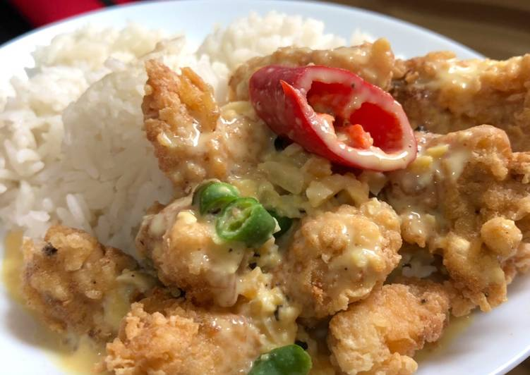 Chicken with salted egg sauce