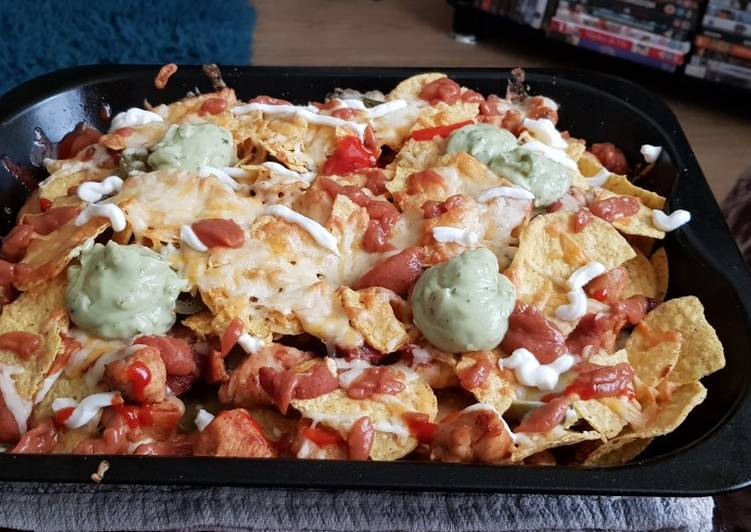 Recipe of Homemade Nacho's with Chicken & Chorizo ????
