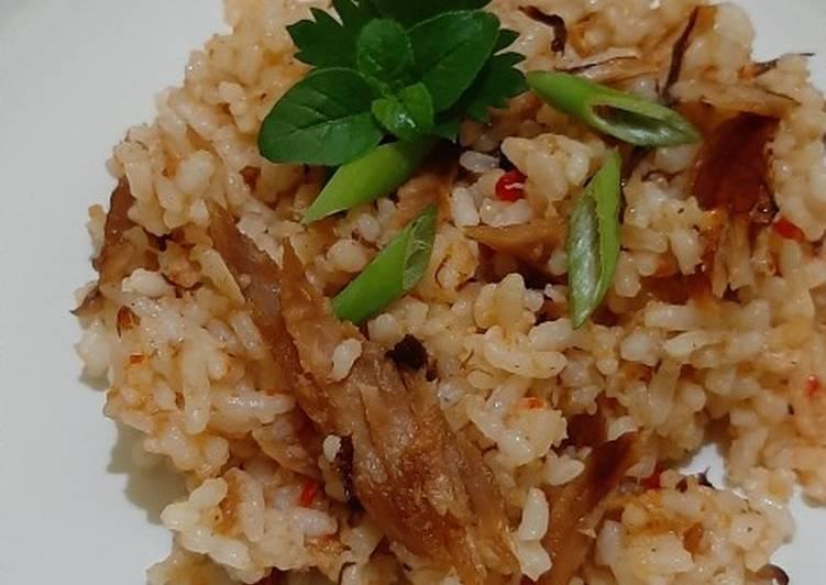 Nasi Goreng Kampung ft. Tongkol Suwir