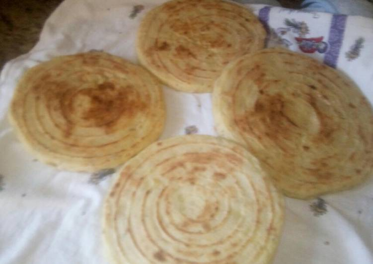 Moroccan bread (batbot)