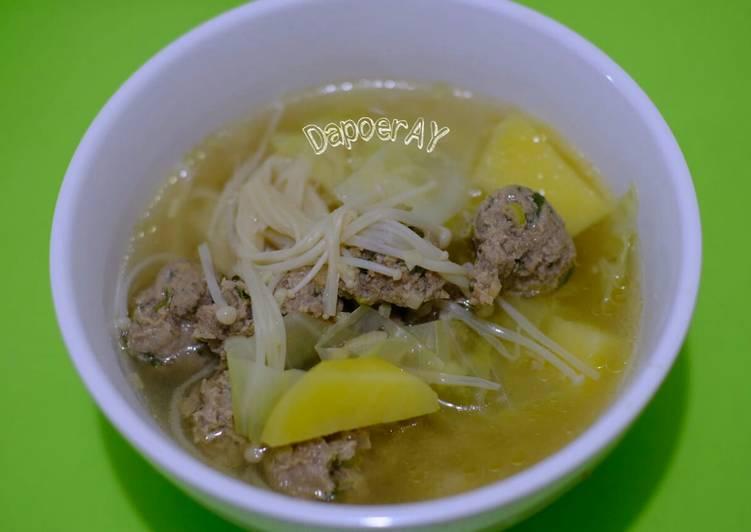 Sup Bakso Sayur + Jamur Enoki