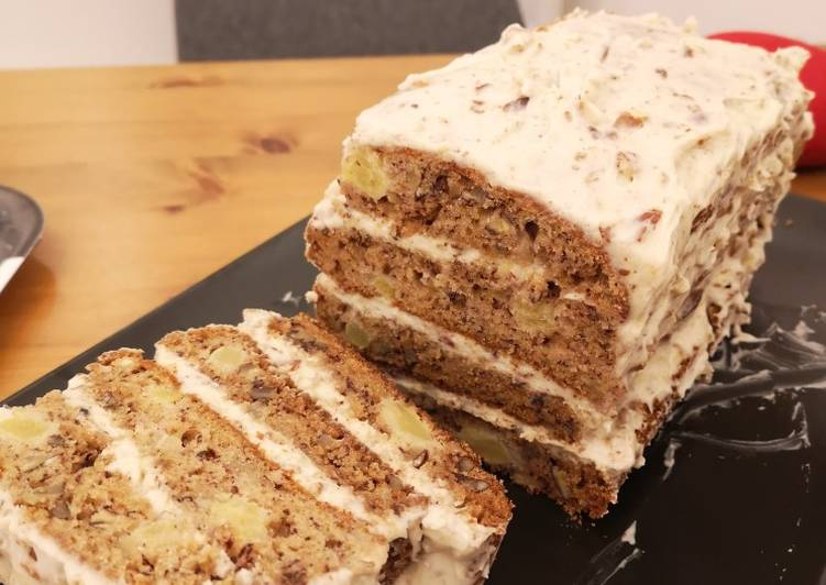 How to Make Most Popular Hummingbird Cake