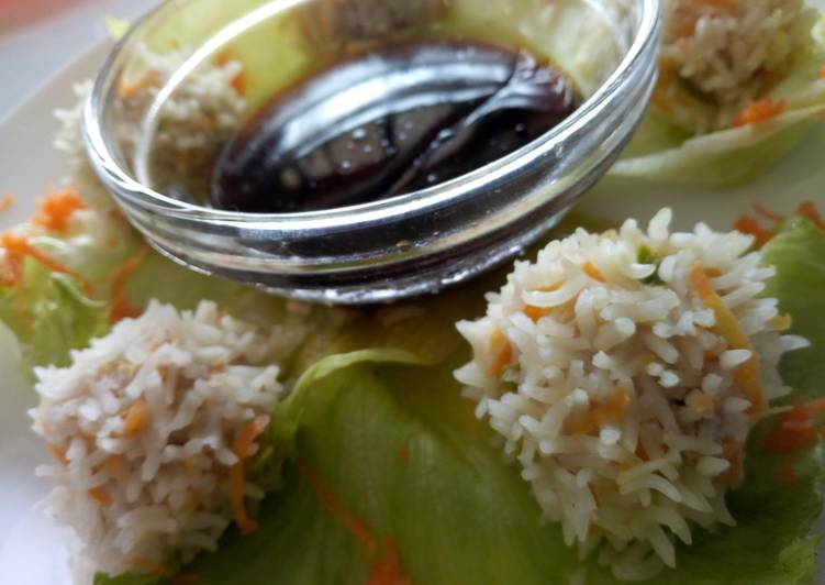 Recipe of Homemade Chicken rice balls with soy dip