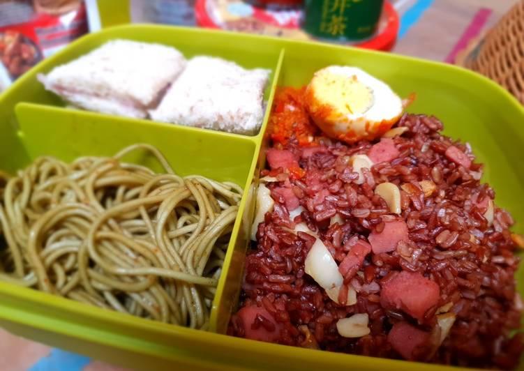 Mi Hijau, Roti Gandum, Nasi Merah Kornet Garlic