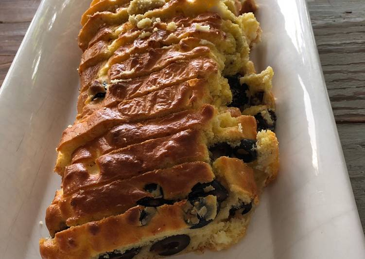 recette Cake olives noires et feta délicieux