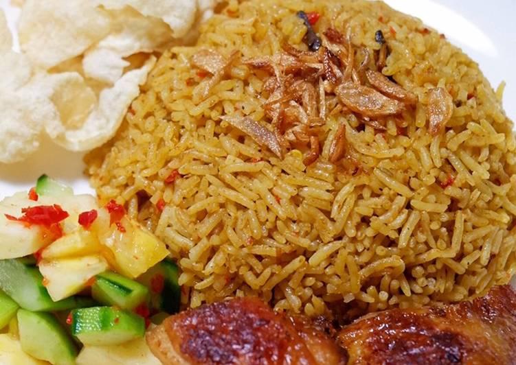 Nasi Kebuli Ayam Mudah & Lezat