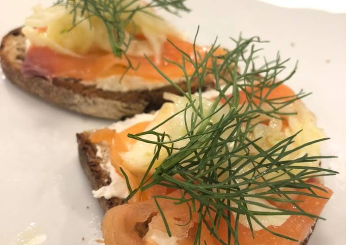 Salmon & Fennel Rye Toast