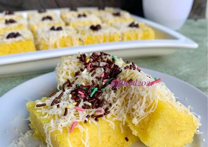 Steamed Cheese Cassava Cake