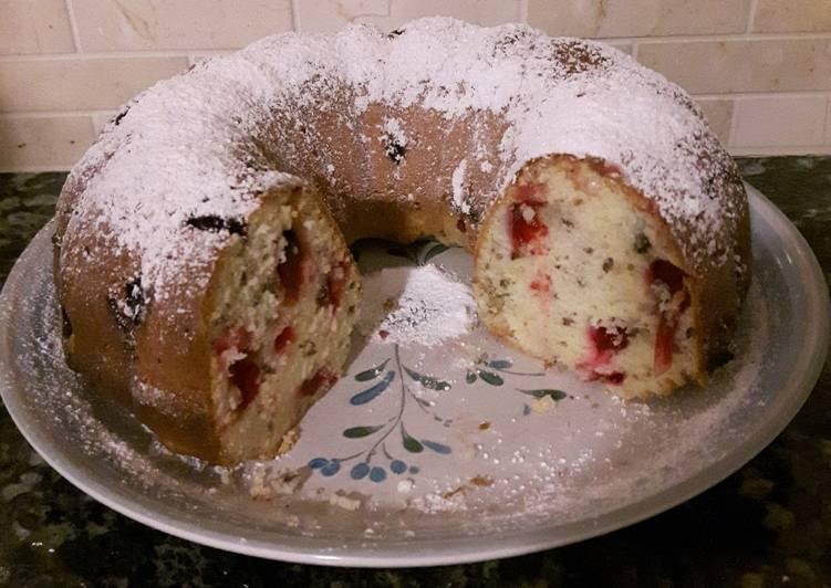 Rich Cranberry Coffee Cake
