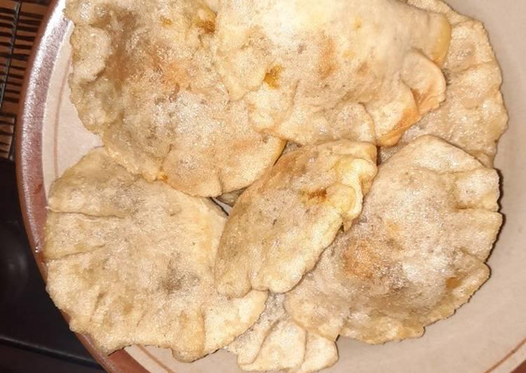 Cireng isi ayam bawang pedas