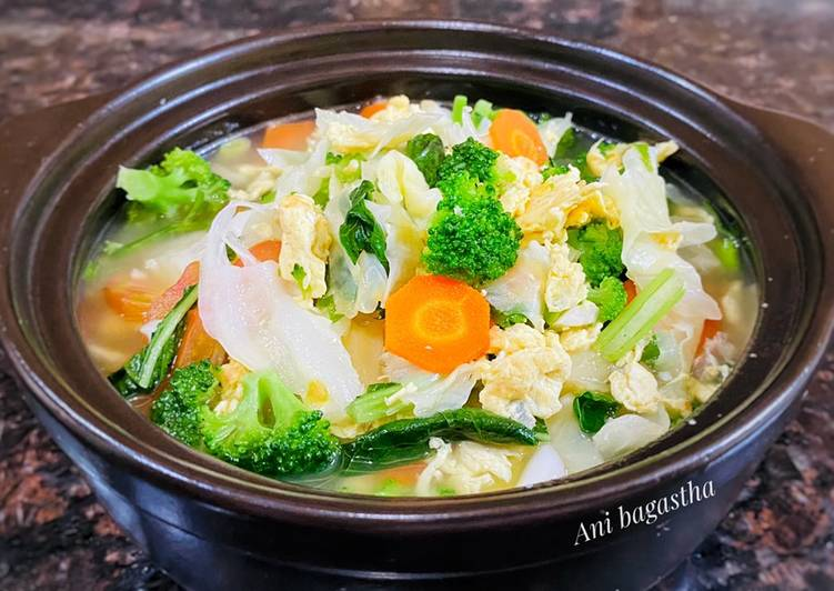 soup-mix-vegetables-with-egg