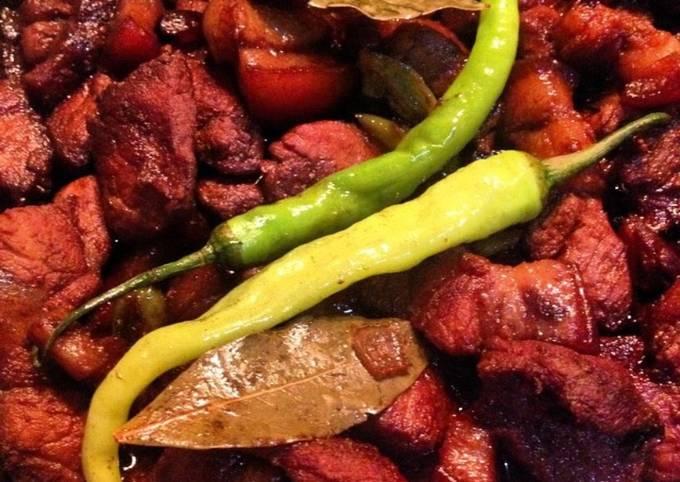 Ynielle's 3 Steps Drunken Adobo (Rum Marinated Pork Adobo)