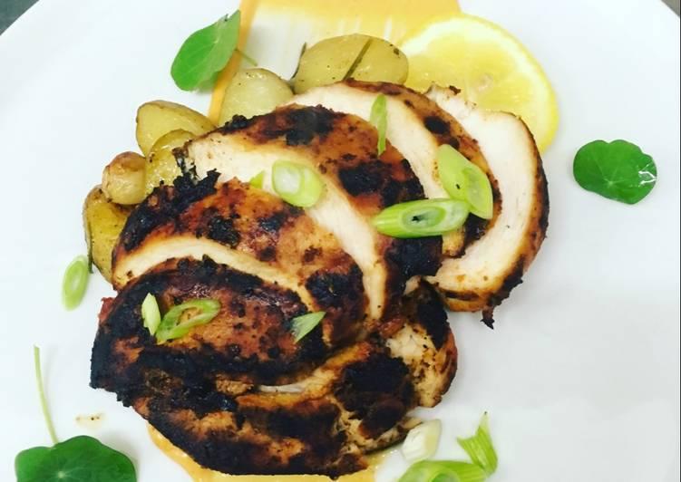 Ricetta Pollo marinato con paprika e miele, servito con salsa aioli