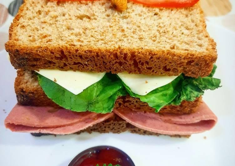 Pepperoni Double Sandwich