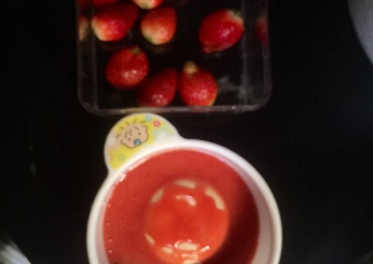 15. MPASI 6+, Snack Pure Strawberry