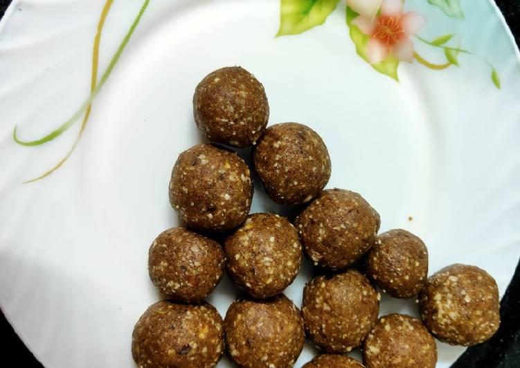 Ragi peanut balls - Laurie G Edwards