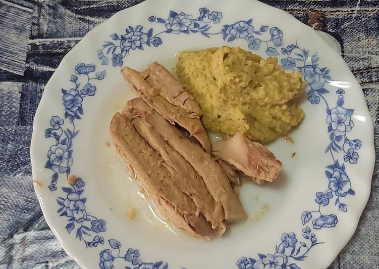 Filetes de melva conCrema de Garbanzos para untar (Hummus con tahini)