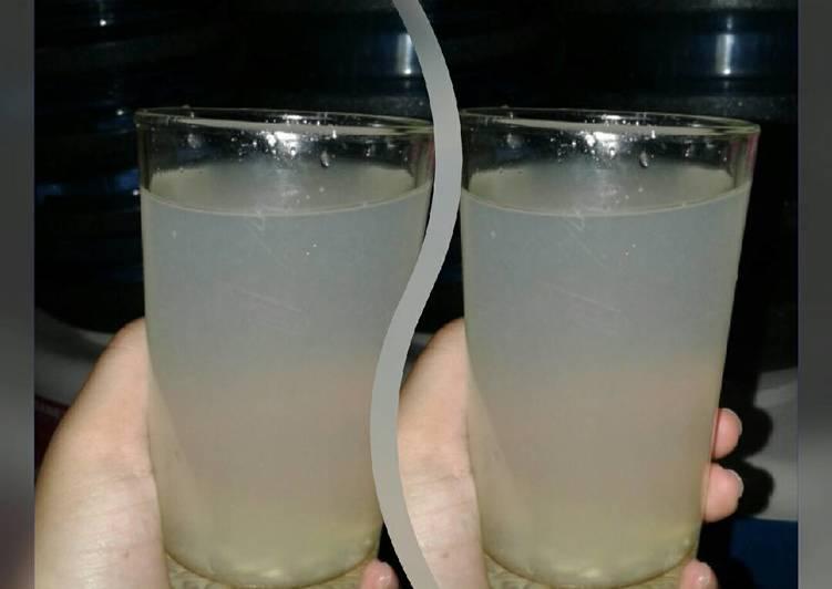 Minuman jeruk nipis hangat