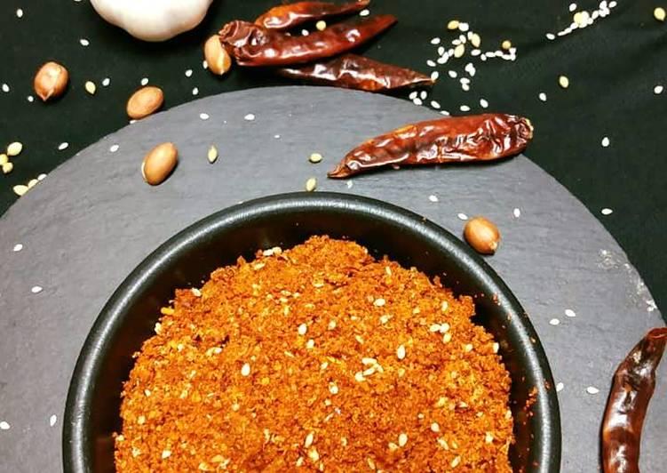 Dry Chilli Garlic Sauce Vada Pav Chutney