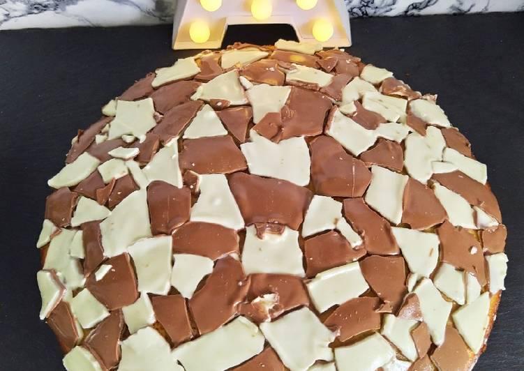 Gâteau au yaourt et mosaïque de Kinder