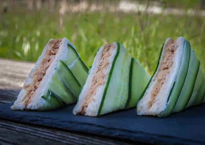 Mini-sandwiches thon concombre