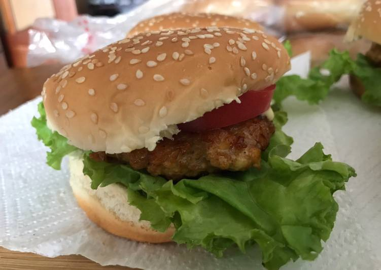 Homemade spicy chicken burger  #photographychallenge