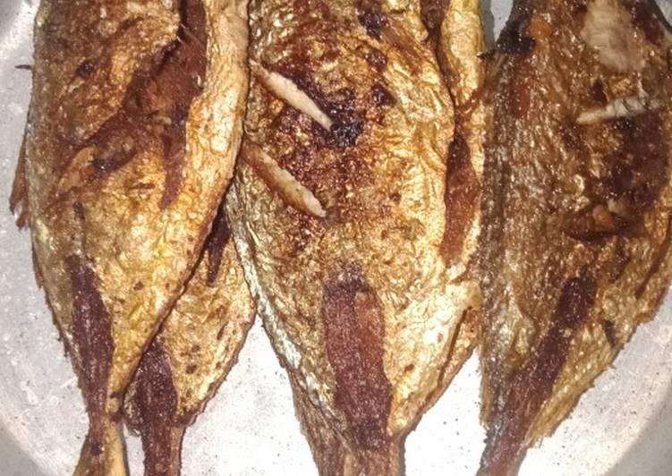 Resep Ikan Putihan Goreng Bumbu Kari Oleh Restii Wulandarii Cookpad