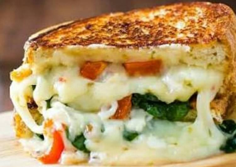 Veggies mayo toast