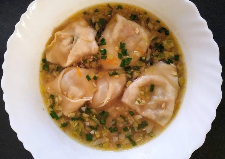 Veg Wonton soup