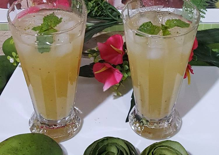 Eat These 25 Superfoods to Go Green for Optimal Health, Keri Ka Sharbat (Raw Mango Drink)