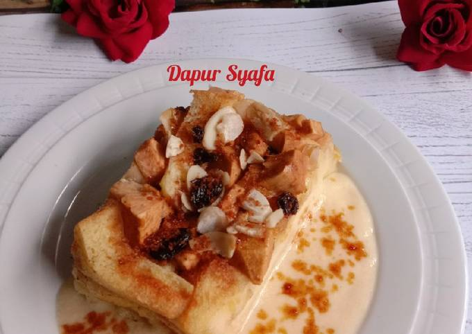 Apple Bread Pudding with Vanilla Sauce