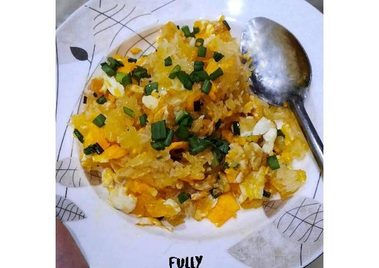 Crispy Egg Fried Rice for Crunchy Lovers | Fully Tummies