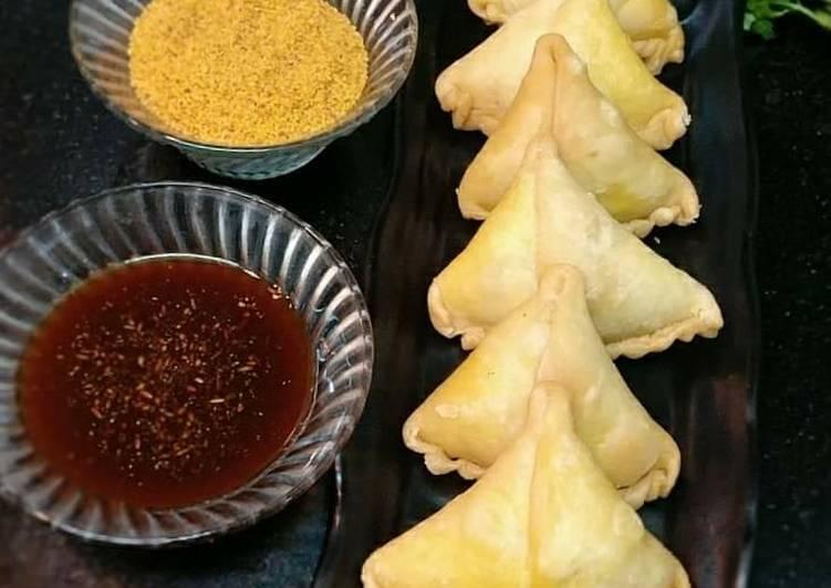 Recipe of Favorite Dry Moong Dal Samosa