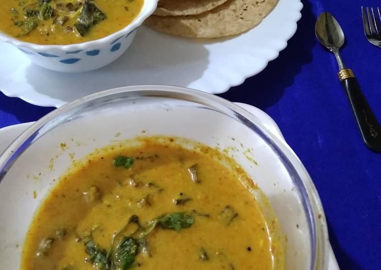 Bhindi garlic kadhi