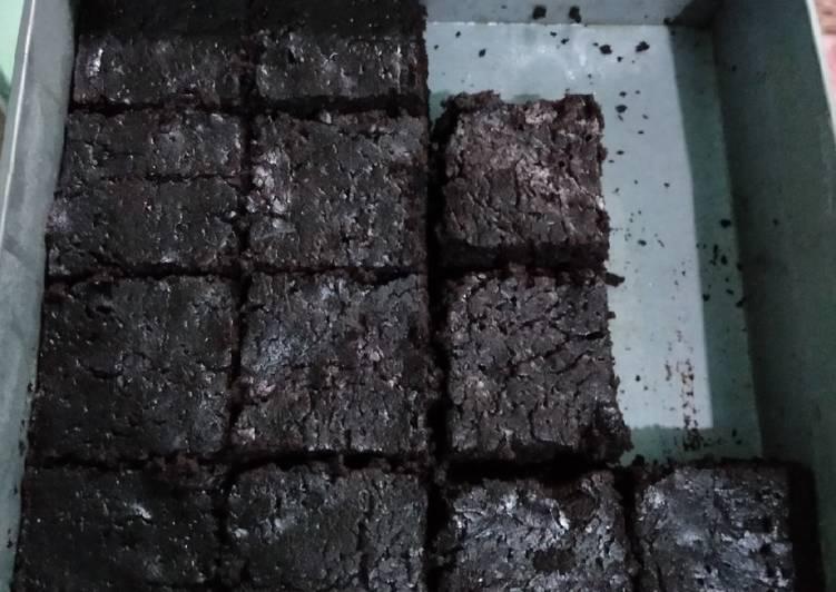 Brownies Panggang Nyoklat Banget Tanpa Mixer