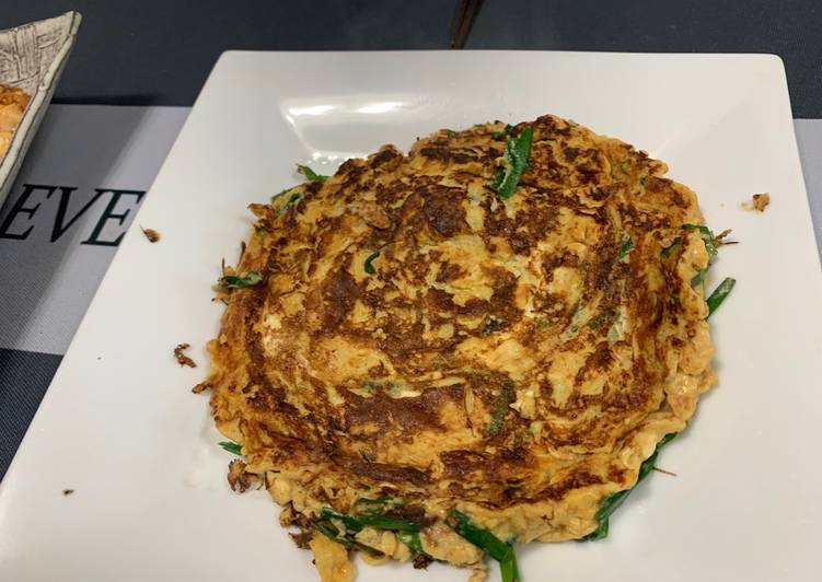 Steps to Make Any-night-of-the-week Chinese chives omelet