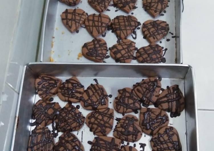 Langkah Mudah untuk Membuat Semprit coklat cookies#BikinRamadhanBerkesan, Enak