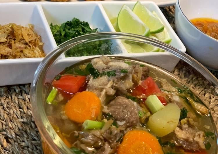 Sop Buntut Bening / Oxtail Soup