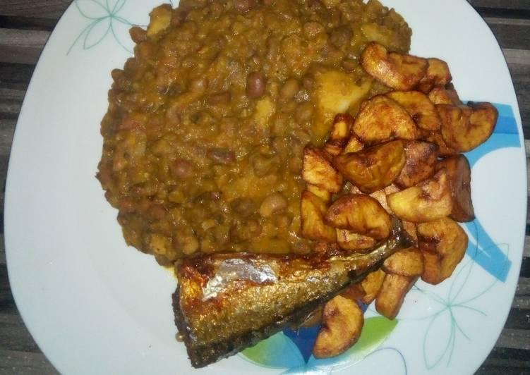 Porridge beans & sweet potatoes with dodo & fish