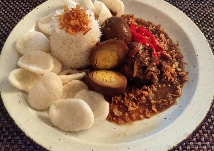 Gudeg Jogja (Slow Cooked Young Jackfruit)