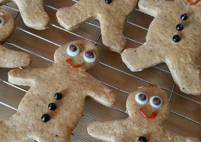 Recipe: Tasty Vickys Gingerbread Men -Christmas & Halloween GF DF EF SF NF