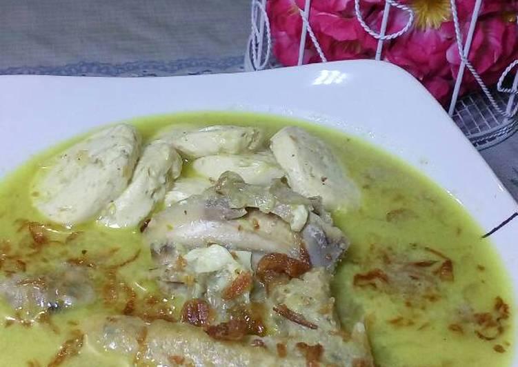 Opor Ayam Kampung, Tofu, dan Telur
