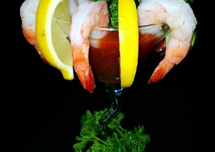 Recipe: Yummy Mike's Crazy EZ Shrimp Cocktails