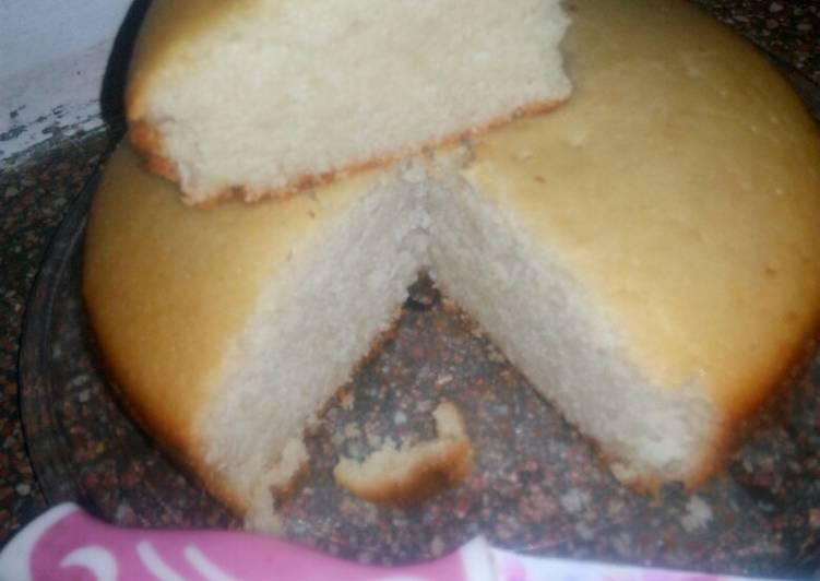 Suji cake