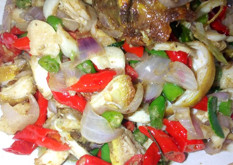 Ayam goreng sambal matah enak dan TERCEPAT