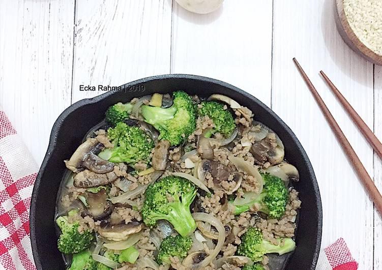 Tumis Brokoli Daging&Jamur