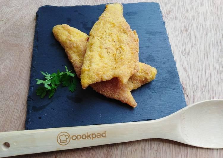 Easiest Way to Cook Tasty Filetti di spigola in polenta