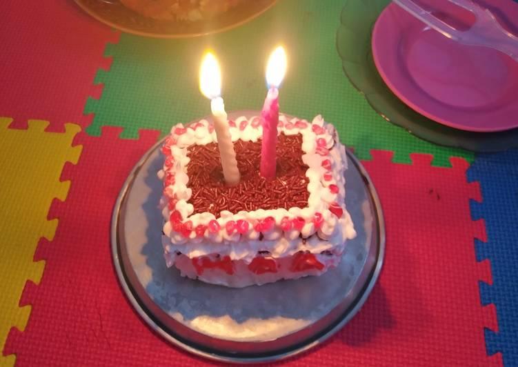 Resep: Lezat Cake Ulang Tahun Irit Telur Base Brownies